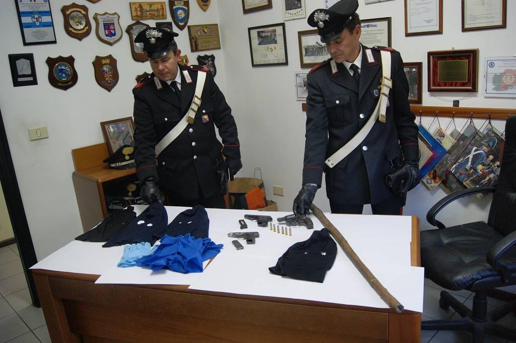 Canicattini Bagni: cinque arresti per porto abusivo di armi e ...
