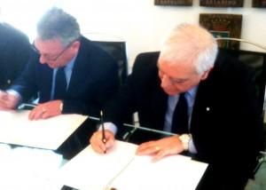 il sindaco Amenta e il presidente Bono firmano il protocollo di intesa , 16.3.2012