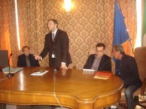 foto assessore Paci e gruppo di lavoro